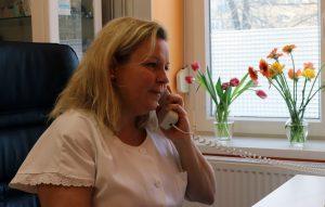 Szilágyi Annamária háziorvos telefonnal